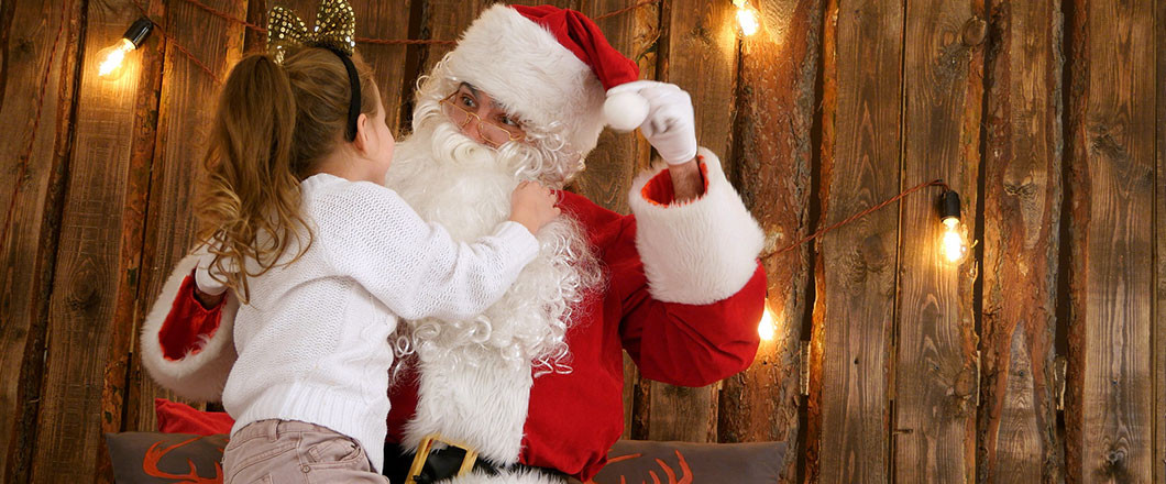 SANTA IS COMING TO ROOTS NURSERY!